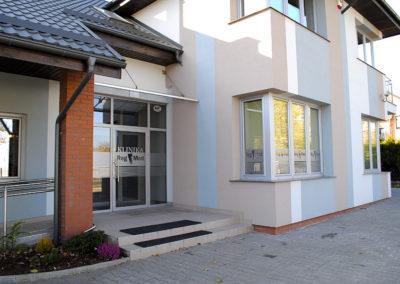 Wejście główne Reg-Med Klinika